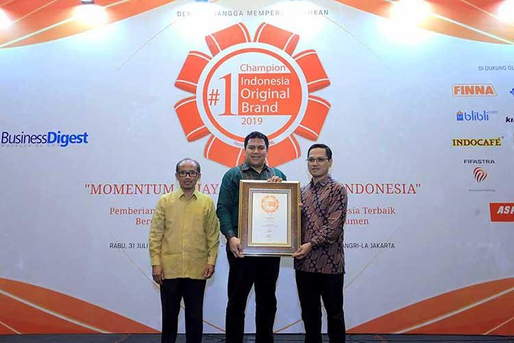 Evalube Kembali Raih Indonesia Original Brand (IOB) 2019