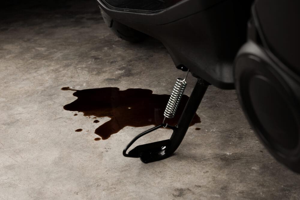 Penyebab Kebocoran Oli pada Sepeda Motor
