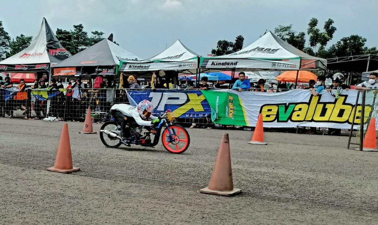 Evalube Mendukung Kemajuan Olahraga Otomotif di Indonesia